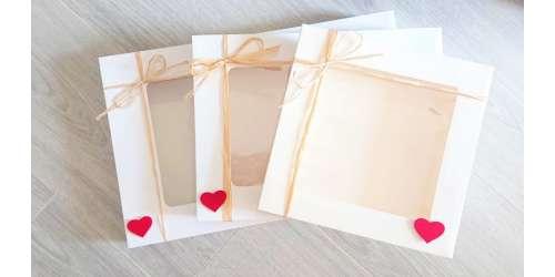 Boites pour faire des coffrets cadeaux avec coeur en feutrine et rafia naturel